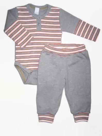 Baba body szett fiúknak, narancssárga-szürke csíkos, világosszürkével kombinálva, hosszú ujjú body és színben illő szürke nadrág, termékkép.