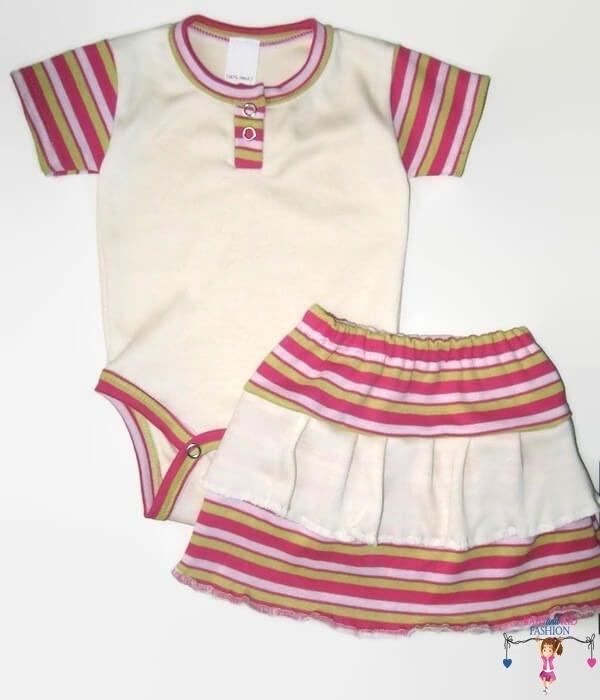 kislány ruha szettek, vajszínű két részes nyári szett, pink csíkossal variálva, kisbabáknak, termékkép.
