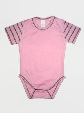 rózsaszín színű baba body, vállnál patentos, rövid ujjú fazon, termékkép.