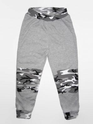 baba nadrág, dupla terepmintás térdfolttal, hosszú passzés nadrág, termékkép.