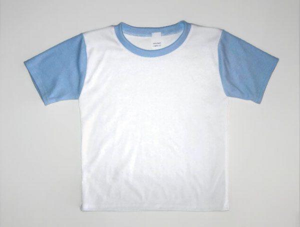 gyerek póló, fehér színű, világoskék rövid ujjal, termékkép.