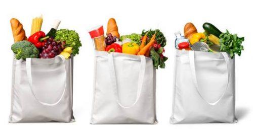 pamut szatyor gyártás, három szatyor tele zöldséggel és gyümölccsel, kép.