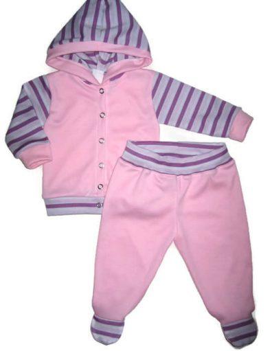 Lányos ruha szett, rózsaszín alapon, lila csíkos, kapucnis kocsikabát és hozzá illő rózsaszín talpas nadrág, termékkép.